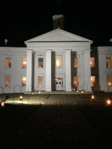 Christmas Open House and Candlelight Tours @ Vandalia Statehouse Historic Site